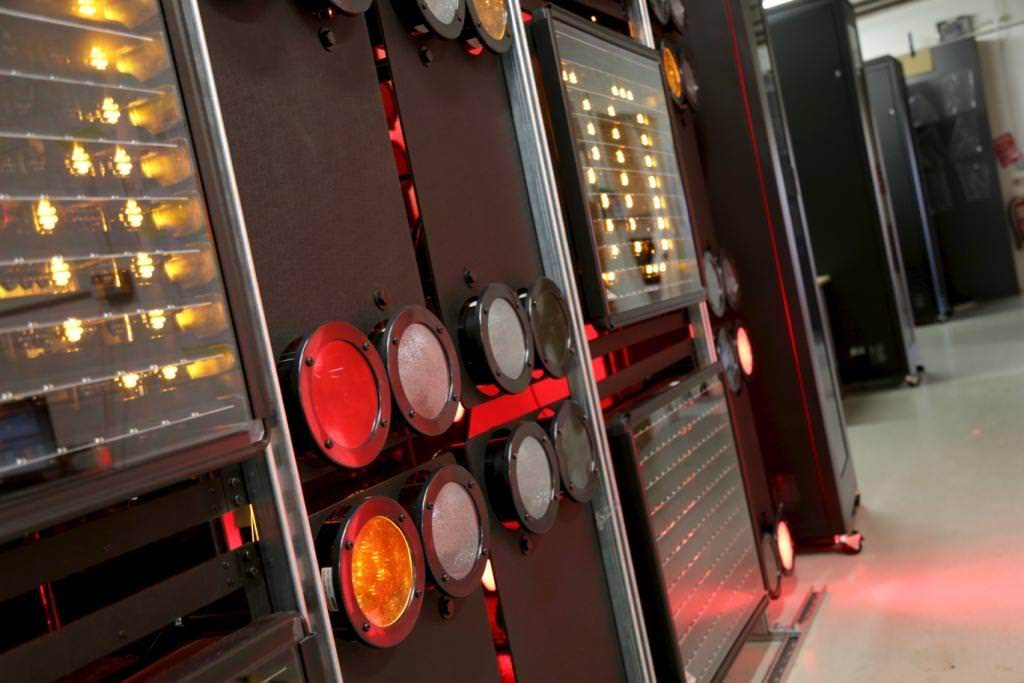 Traffic Control Panels : Traffic control solutions specialist in